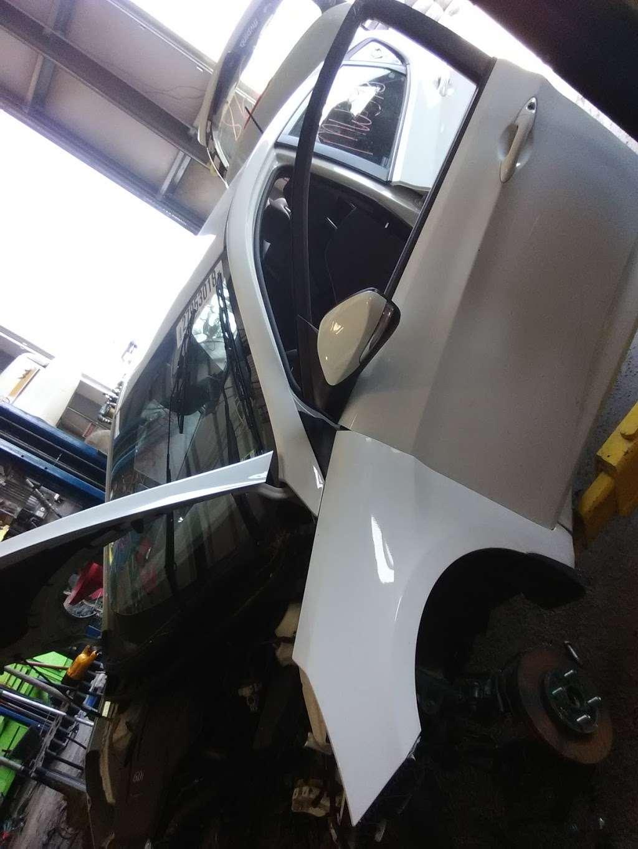 Ernies Salvage Yard - car repair  | Photo 2 of 5 | Address: 4590 Williamsport Pike, Martinsburg, WV 25404, USA | Phone: (304) 274-1133