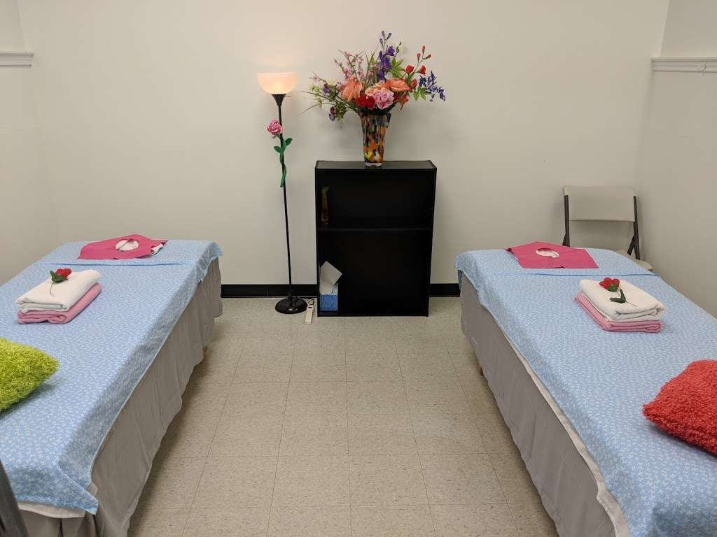 Foot spa - spa  | Photo 7 of 10 | Address: 15842 Champion Forest Dr, Spring, TX 77379, USA | Phone: (832) 698-1028