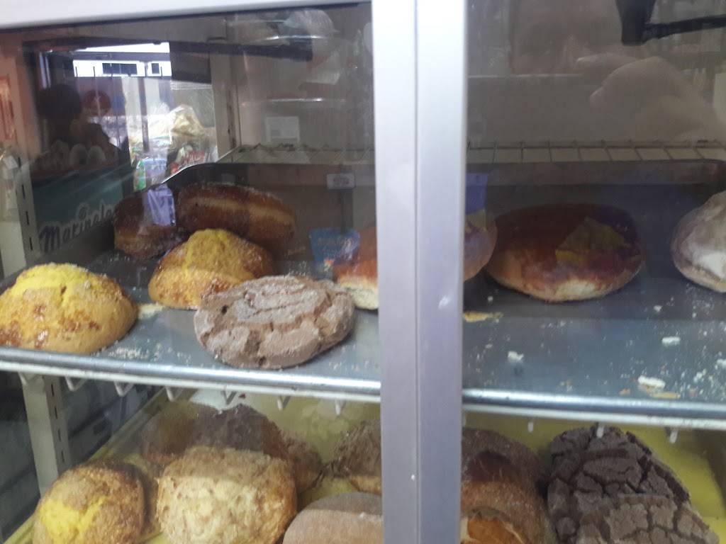 Carniceria El Tarasco - restaurant    Photo 1 of 9   Address: 7575 Broadway, Denver, CO 80221, USA   Phone: (303) 429-1007