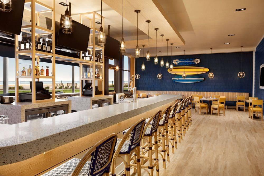 H Bar - restaurant  | Photo 1 of 8 | Address: 2705 Atlantic Ave, Virginia Beach, VA 23451, USA | Phone: (757) 428-4200 ext. 5105