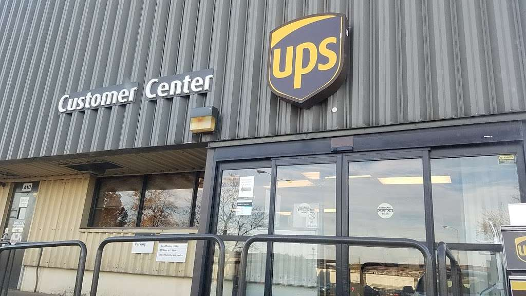 UPS Customer Center - store  | Photo 2 of 2 | Address: 410 Reading Crest Ave, Reading, PA 19605, USA | Phone: (800) 742-5877