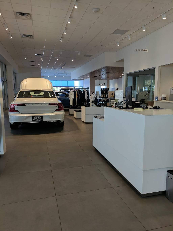 Kline Volvo Cars of Maplewood - car dealer  | Photo 7 of 7 | Address: 3040 US-61, Maplewood, MN 55109, USA | Phone: (866) 730-0629