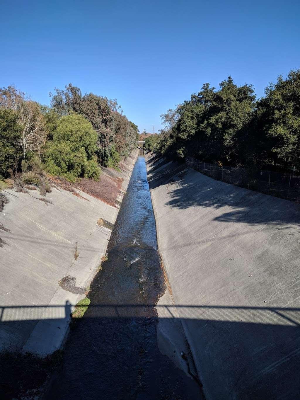 Jones Creek Trail Entrance - park    Photo 9 of 10   Address: 216-298 Jones Rd, Los Gatos, CA 95030, USA