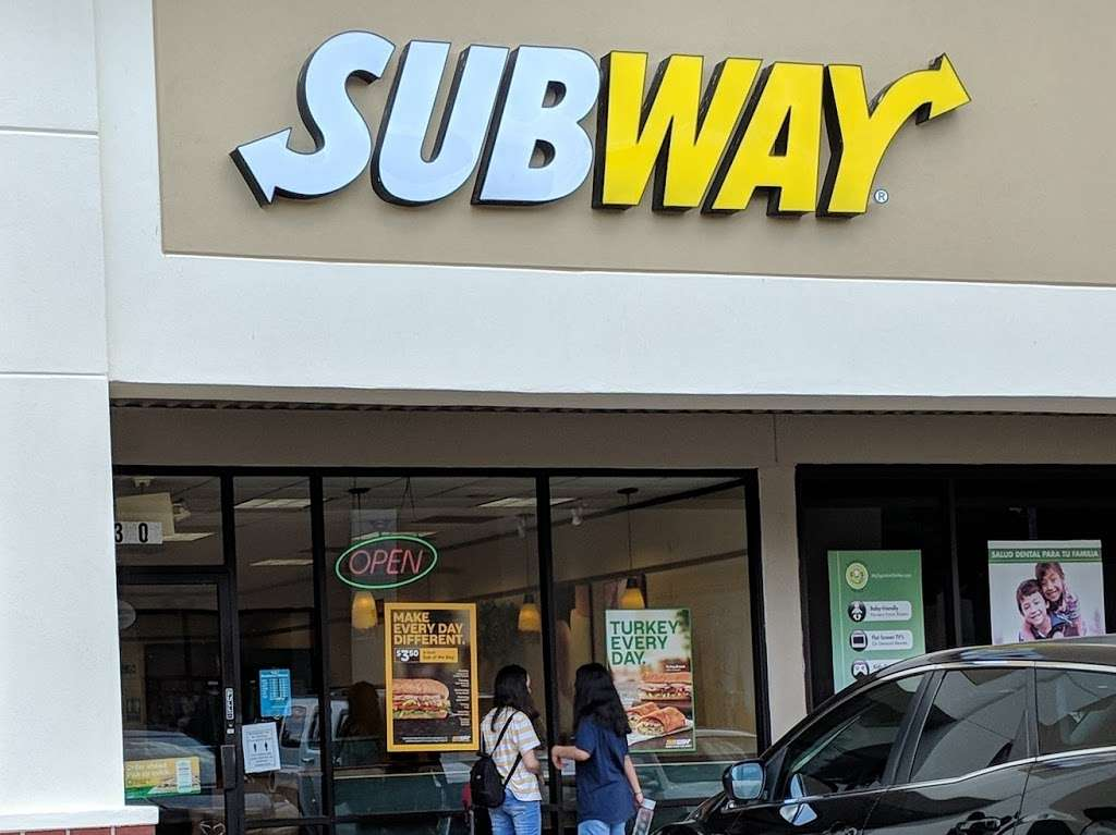 Subway - restaurant  | Photo 1 of 4 | Address: 3806 N Shepherd Rd, Houston, TX 77018, USA | Phone: (713) 695-3575