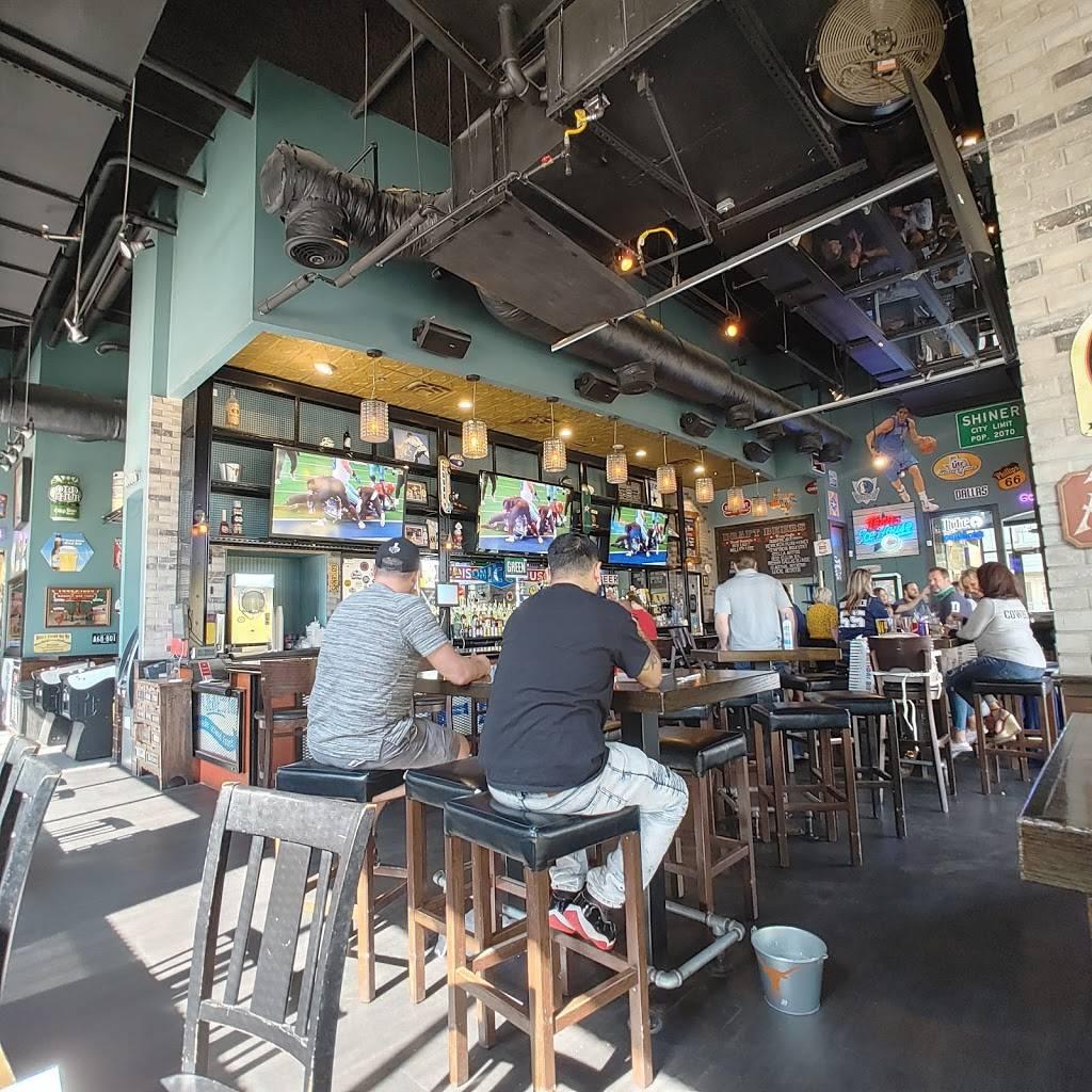 Addison Ice House - restaurant  | Photo 7 of 9 | Address: 3875 Ponte Ave #250, Addison, TX 75001, USA | Phone: (972) 218-0921