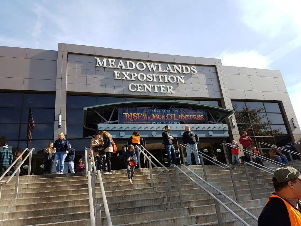 The Rise Of Jack O Lanterns - museum  | Photo 1 of 10 | Address: 555 Park Plaza Dr, Secaucus, NJ 07094, USA | Phone: (516) 252-3392