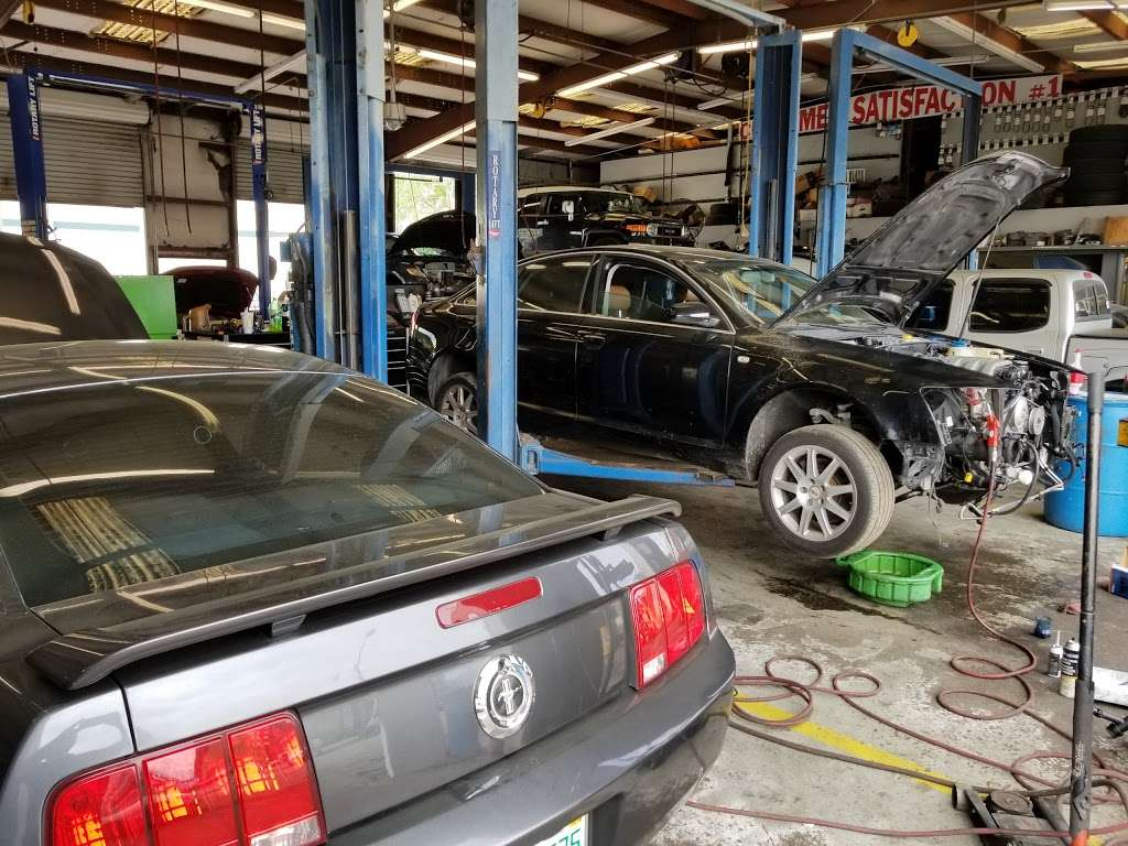 Maurices Auto Repair and Towing - car repair  | Photo 6 of 10 | Address: 3025 Drane Field Rd, Lakeland, FL 33811, USA | Phone: (863) 646-4479