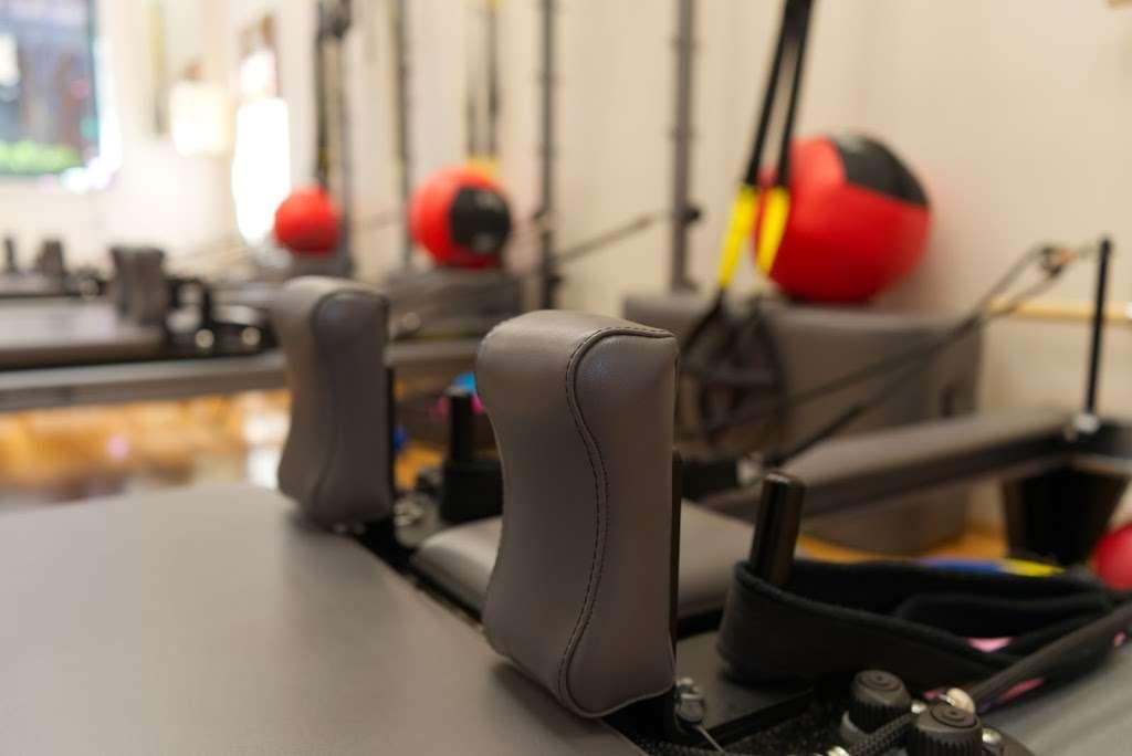 Fort Hunt Pilates - gym    Photo 4 of 10   Address: 7954 Fort Hunt Rd, Alexandria, VA 22308, USA   Phone: (703) 402-8368