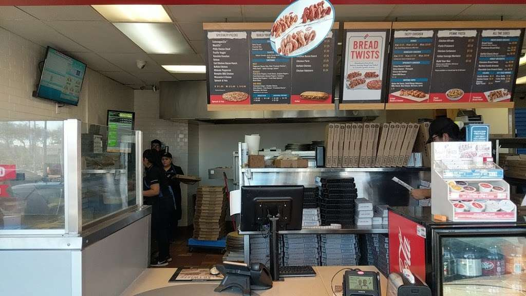 Dominos Pizza - meal delivery  | Photo 4 of 10 | Address: 1285 S Garey Ave, Pomona, CA 91766, USA | Phone: (909) 622-0229