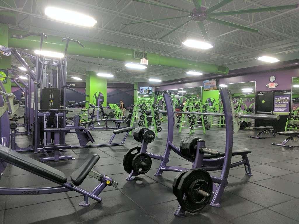 Youfit Health Clubs - gym  | Photo 10 of 10 | Address: 8942 W, W State Rd 84, Davie, FL 33324, USA | Phone: (954) 368-1658