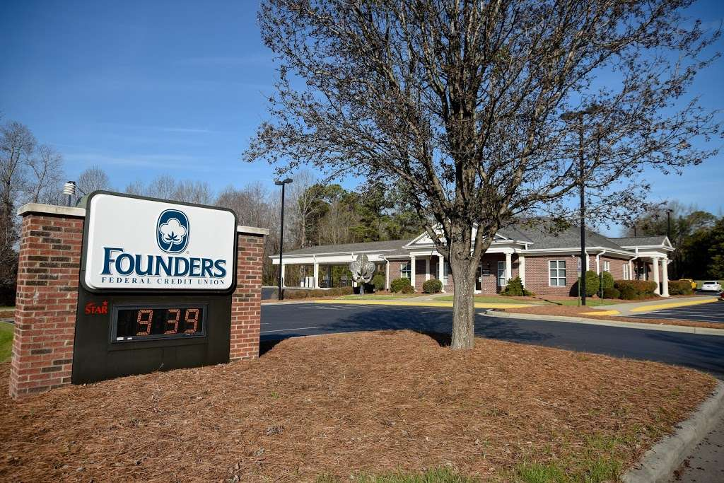Founders Federal Credit Union - atm  | Photo 8 of 8 | Address: 817 E McGregor St, Pageland, SC 29728, USA | Phone: (800) 845-1614