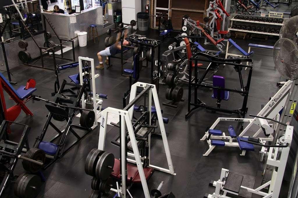 USA Gym INC - gym  | Photo 8 of 10 | Address: 7621 W 100th Pl, Bridgeview, IL 60455, USA | Phone: (708) 598-3846
