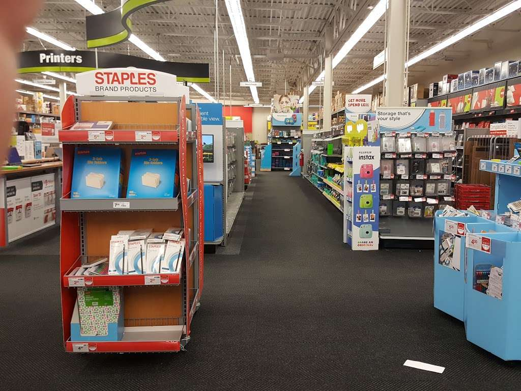 Staples - electronics store  | Photo 2 of 10 | Address: 1341 A Fairview Blvd, Delran, NJ 08075, USA | Phone: (856) 764-2923