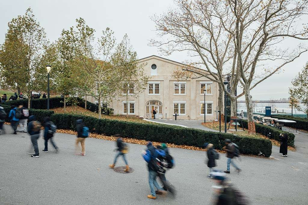 LMCCs Arts Center at Governors Island - museum  | Photo 1 of 4 | Address: 110 Andes Rd, New York, NY 10004, USA | Phone: (212) 219-9401