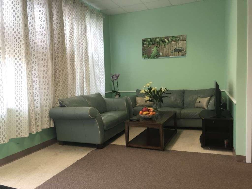 ROSE DAY Massage SPA - spa  | Photo 4 of 10 | Address: 150 Hartford Ave, Hopedale, MA 01747, USA | Phone: (508) 381-0092