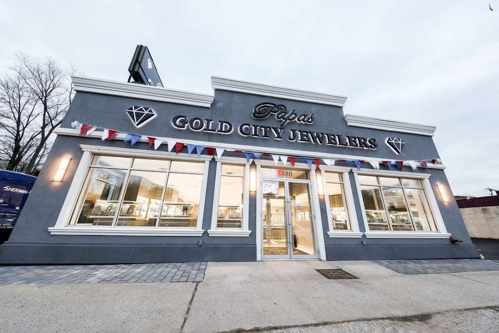 Papas Gold City Jewelers - jewelry store    Photo 5 of 10   Address: 1880 Central Park Ave, Yonkers, NY 10710, USA   Phone: (914) 337-6677