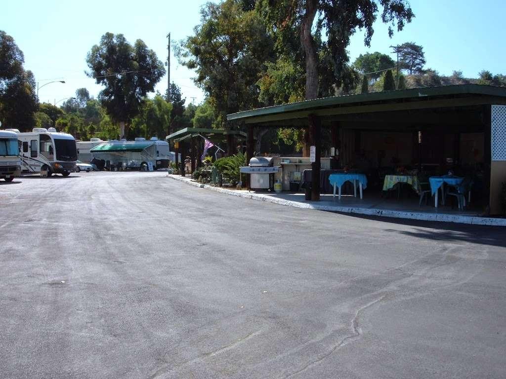 Chula Vista Elks RV Park - rv park  | Photo 4 of 10 | Address: 901 Elks Ln, Chula Vista, CA 91910, USA | Phone: (619) 421-2011