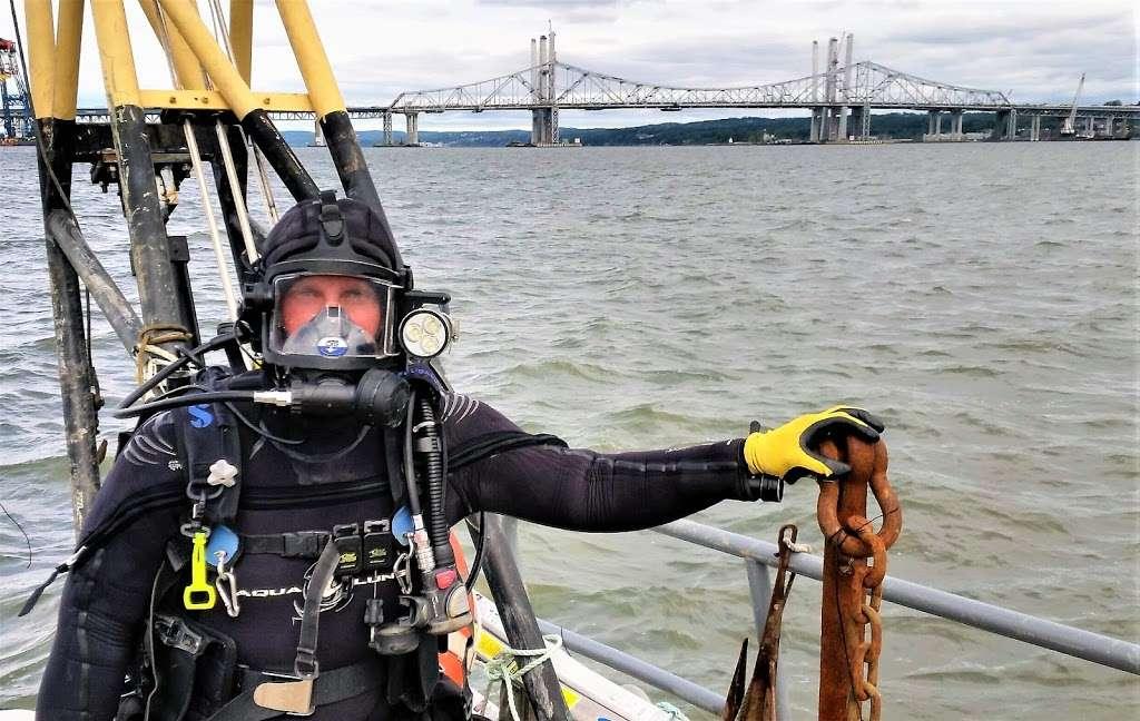 Marine Diving Service - school    Photo 7 of 10   Address: 3, Ripley Pl #3, Croton-On-Hudson, NY 10520, USA   Phone: (914) 313-6394