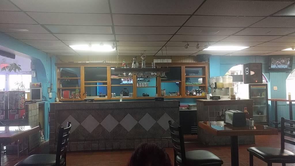 El Guero seafood mariscos comida mexicana - restaurant  | Photo 1 of 9 | Address: 10230 Harry Hines Blvd, Dallas, TX 75220, USA | Phone: (214) 357-2213