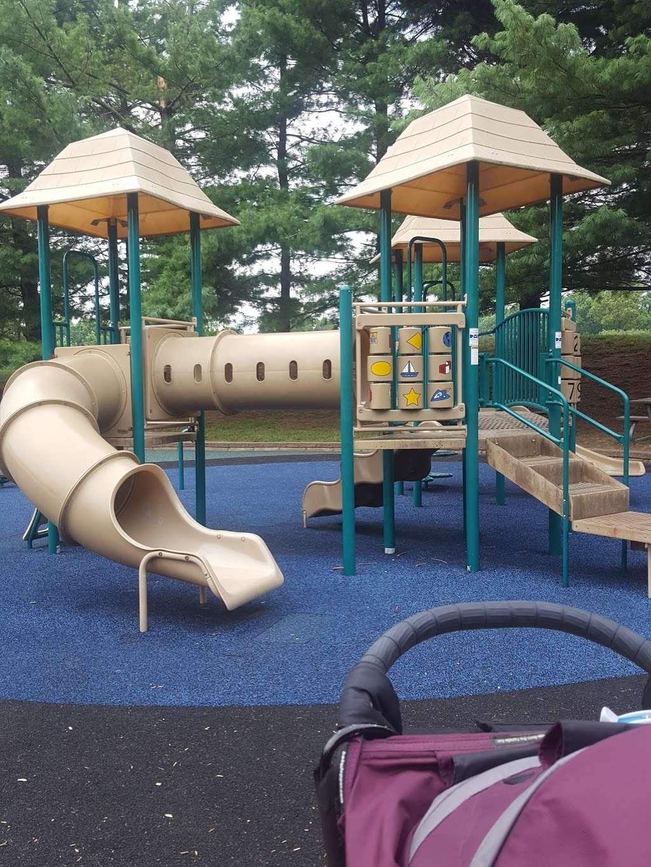 Rockburn Park Playground - park  | Photo 2 of 10 | Address: 6105 Rockburn Branch Park Rd, Elkridge, MD 21075, USA | Phone: (410) 313-4700