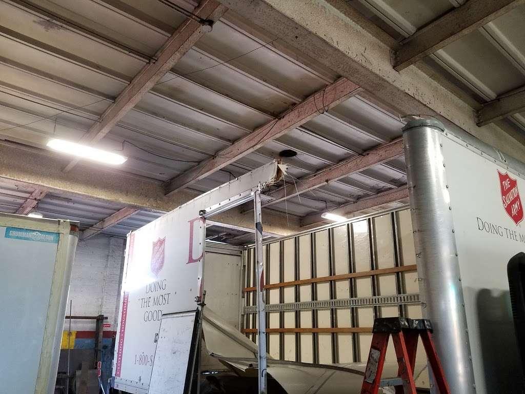 Citiwide Truck Repair - car repair  | Photo 1 of 10 | Address: 324 Manhattan Ave, Jersey City, NJ 07307, USA | Phone: (201) 721-6200