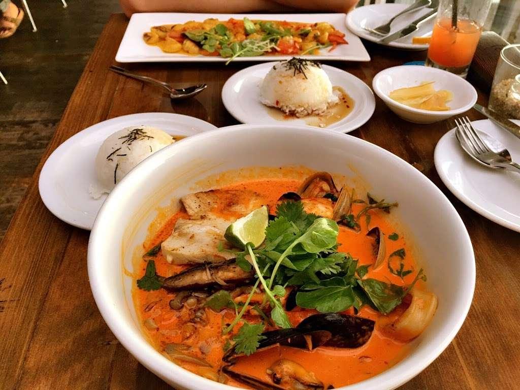 La Costanera - restaurant    Photo 4 of 10   Address: 8150 Cabrillo Hwy, Montara, CA 94037, USA   Phone: (650) 728-1600