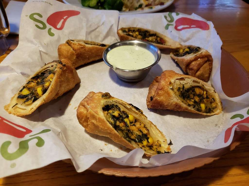 Chilis Grill & Bar - meal takeaway  | Photo 2 of 10 | Address: 8690 Spencer Hwy, La Porte, TX 77571, USA | Phone: (281) 478-4777