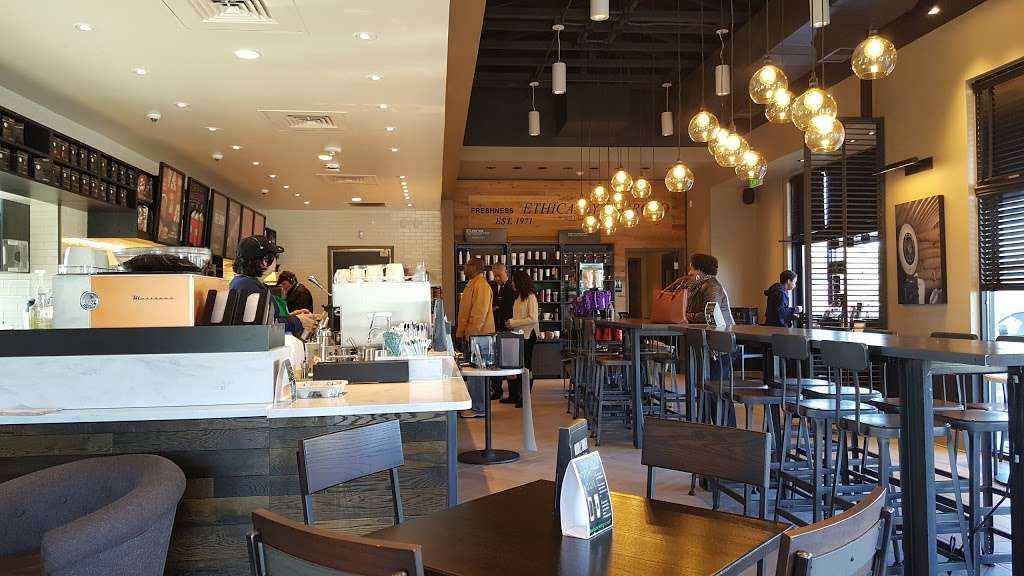 Starbucks - cafe  | Photo 8 of 10 | Address: 3613 N Main St, Stafford, TX 77477, USA | Phone: (281) 840-1163