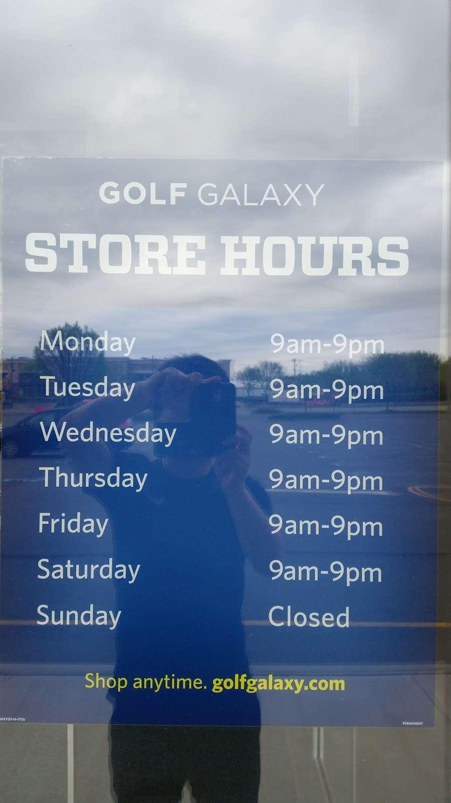 Golf Galaxy - shoe store    Photo 4 of 5   Address: 240 NJ-17 N, Paramus, NJ 07652, USA   Phone: (201) 322-0016