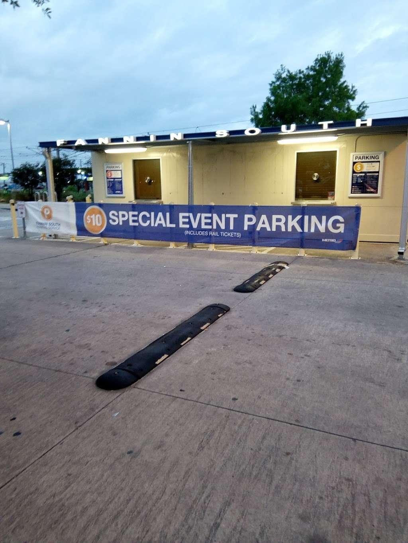 Fannin South Transit Center - bus station  | Photo 2 of 3 | Address: Houston, TX 77054, USA