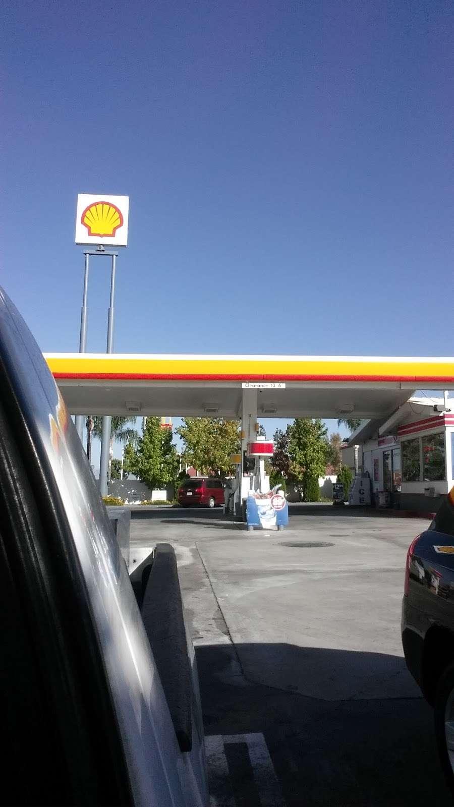 Shell - gas station  | Photo 4 of 6 | Address: 1213 Calimesa Blvd, Calimesa, CA 92320, USA | Phone: (909) 795-1437