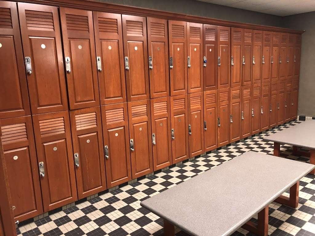LA Fitness - gym  | Photo 4 of 10 | Address: 7 Cabot Blvd E, Langhorne, PA 19047, USA | Phone: (215) 943-9500
