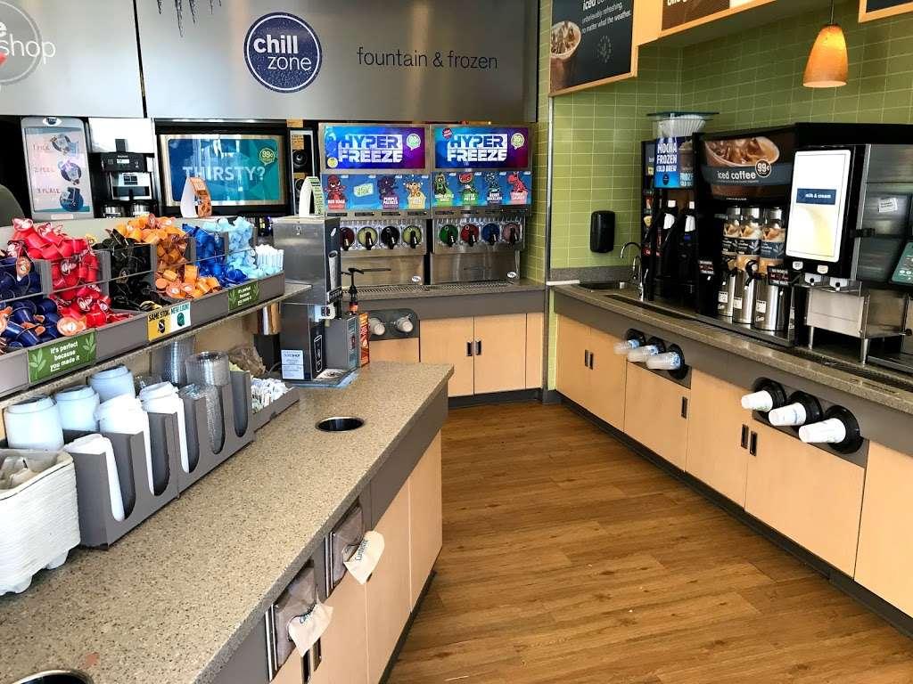 Cumberland Farms - gas station  | Photo 5 of 7 | Address: 365 Turnpike Rd, Southborough, MA 01772, USA | Phone: (508) 485-5301