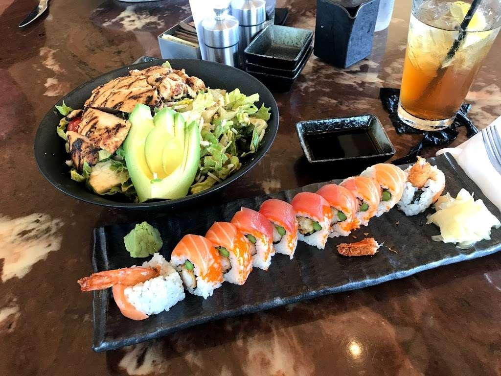 M/Y Cafe - restaurant  | Photo 6 of 10 | Address: 4200 N Flagler Dr, West Palm Beach, FL 33407, USA | Phone: (561) 840-8301