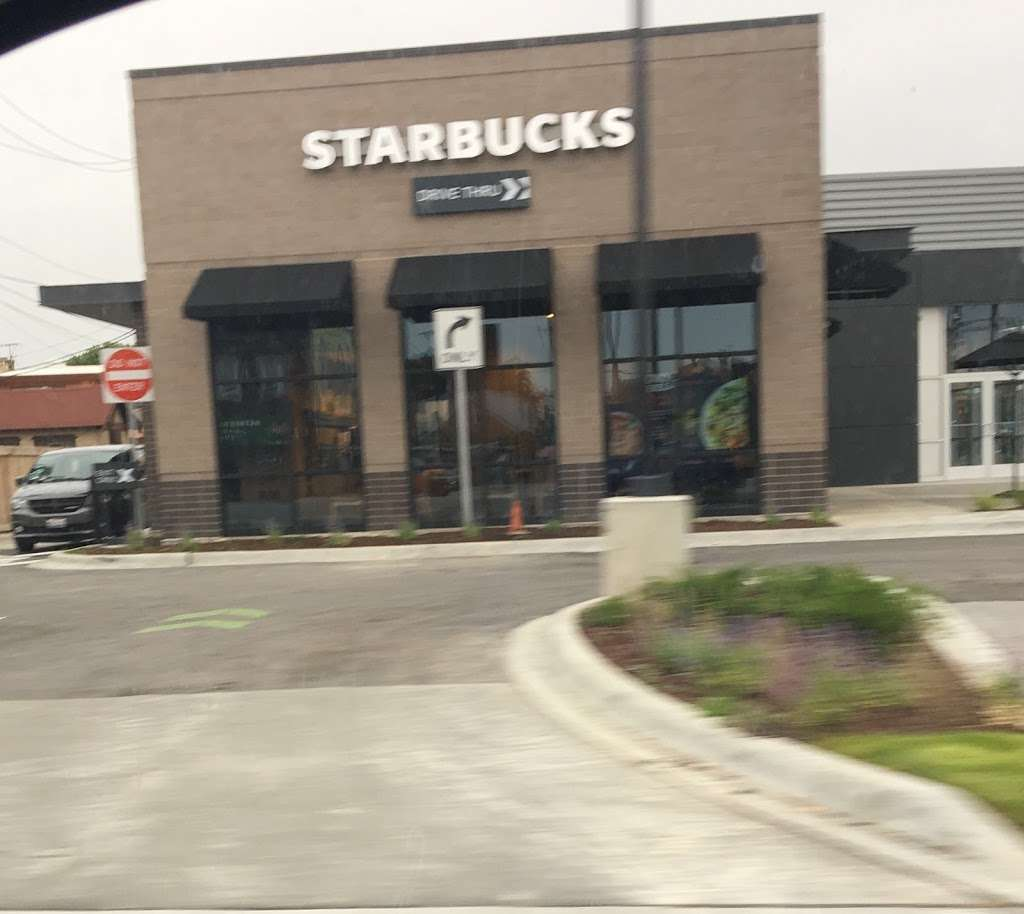 Starbucks - cafe  | Photo 4 of 8 | Address: 5210 S Cicero Ave, Chicago, IL 60638, USA | Phone: (773) 585-5461