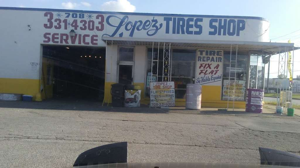 Lopez Tire Shop - car repair  | Photo 9 of 10 | Address: 15303 S Halsted St, Harvey, IL 60426, USA | Phone: (708) 331-4303