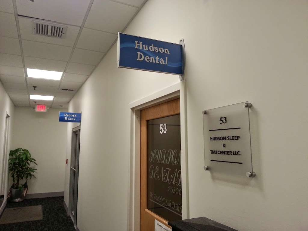 Hudson Dental Associates - dentist  | Photo 5 of 8 | Address: 725 River Rd #53, Edgewater, NJ 07020, USA | Phone: (201) 943-4000