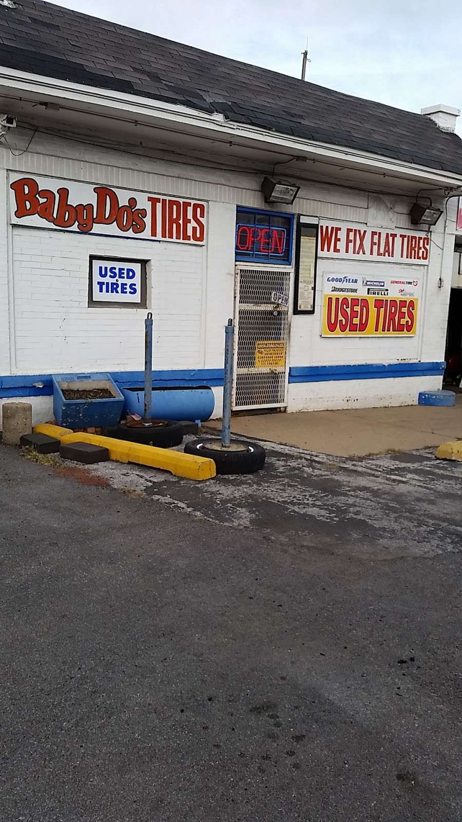 Babys DO Tire Shop - car repair  | Photo 6 of 6 | Address: 336 W 119th St, Chicago, IL 60628, USA | Phone: (773) 660-0374