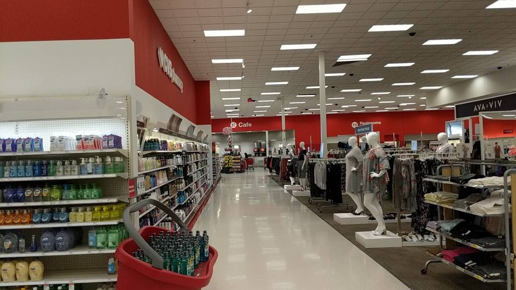 Target - department store  | Photo 2 of 9 | Address: 1600 W Arbrook Blvd, Arlington, TX 76015, USA | Phone: (817) 557-2177
