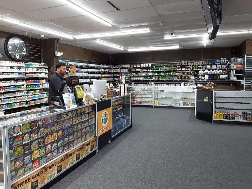 Mac Smoke n Vape Shop - store  | Photo 8 of 10 | Address: 2120 S Ridgewood Ave, Edgewater, FL 32141, USA | Phone: (386) 689-3851