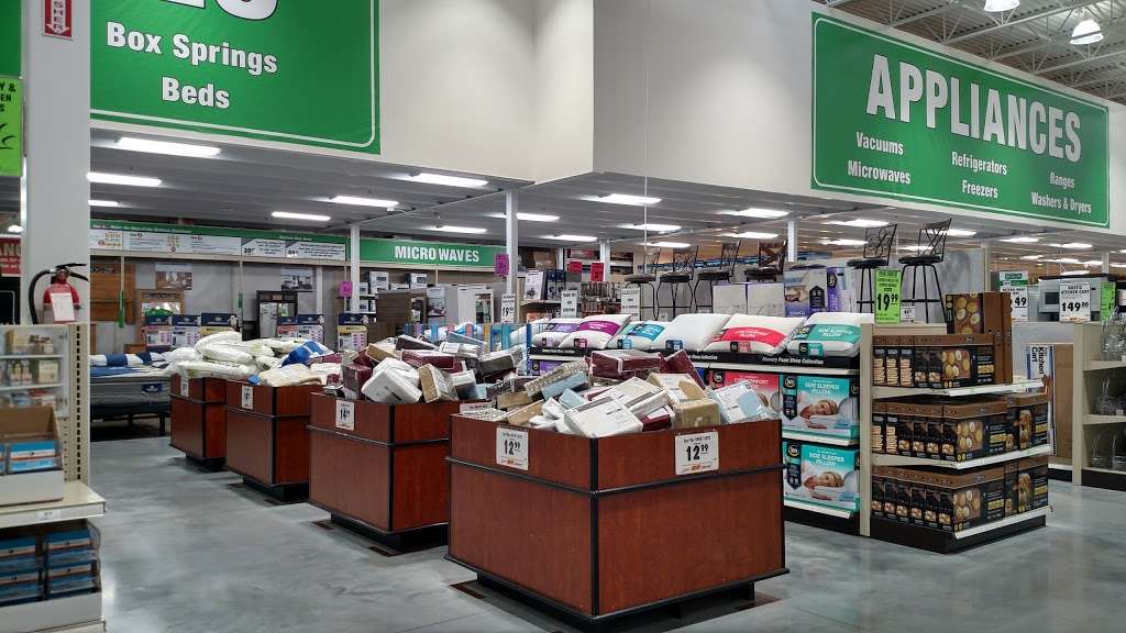 Menards - Hardware store | 3701 NW 90th St, Kansas City, MO