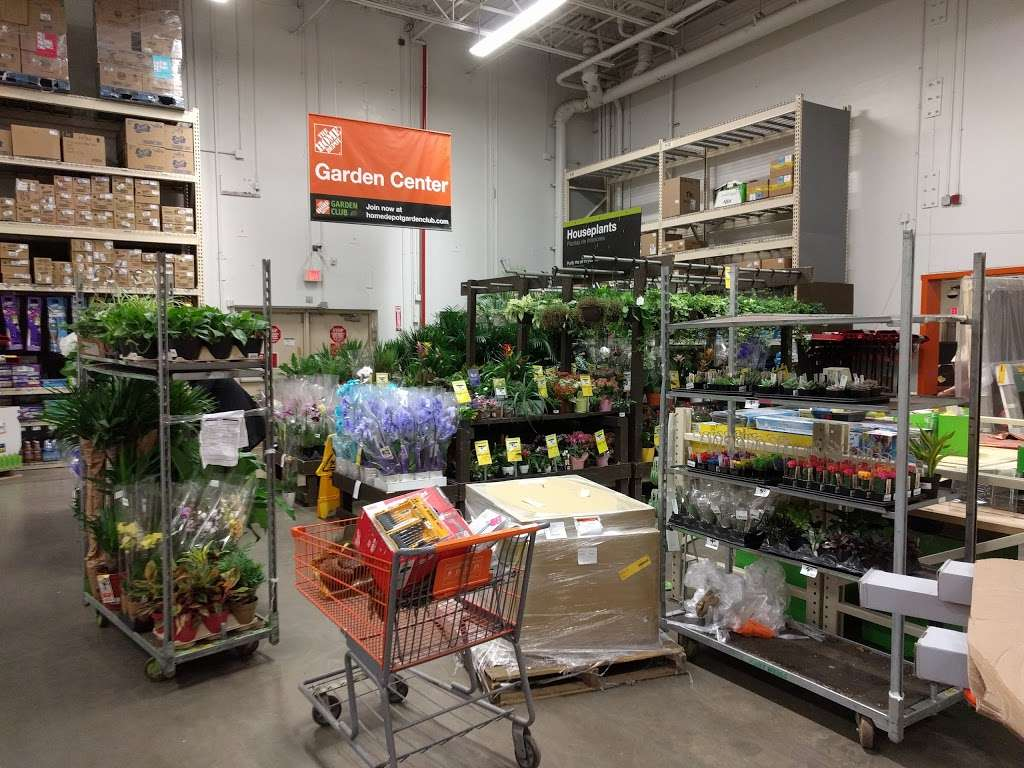 The Home Depot - hardware store  | Photo 1 of 10 | Address: 550 Hamilton Ave, Brooklyn, NY 11232, USA | Phone: (718) 832-8553