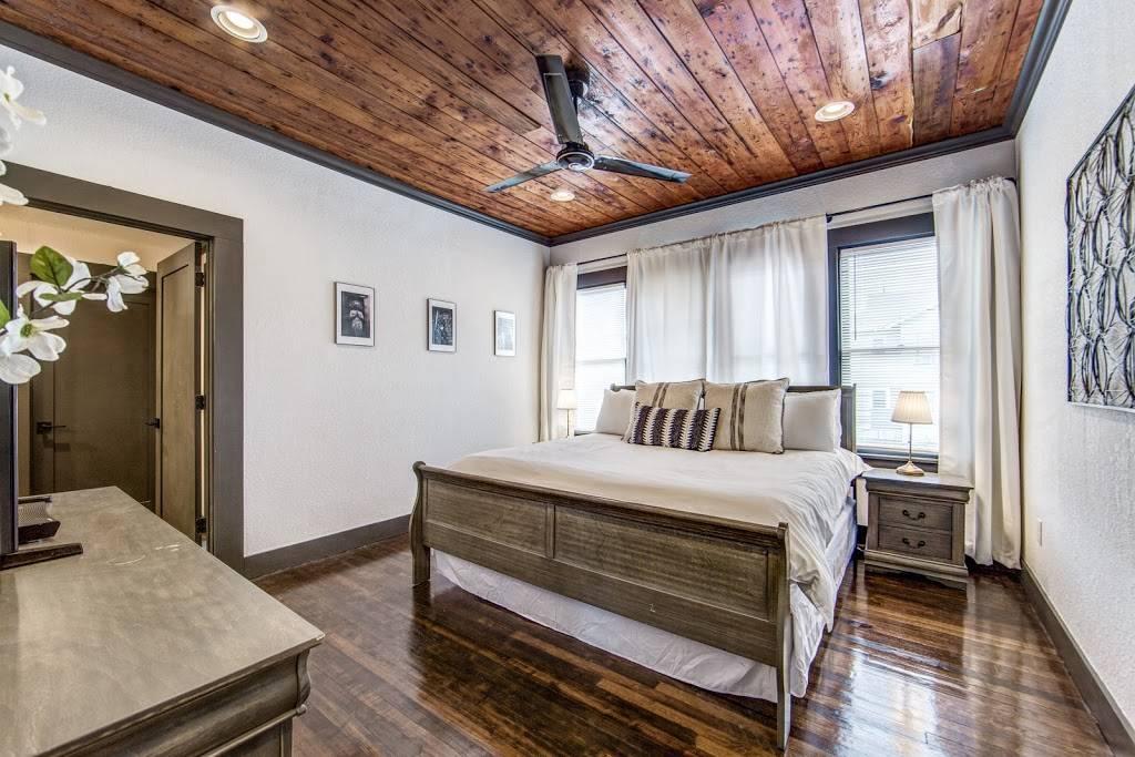 Stay SA Historic Vacation Rentals - real estate agency  | Photo 6 of 8 | Address: 233 Leigh St, San Antonio, TX 78210, USA | Phone: (210) 317-4076