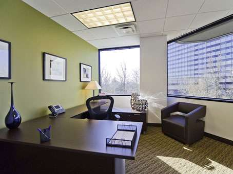 Regus - New Jersey, East Rutherford - Meadowlands - real estate agency  | Photo 10 of 10 | Address: 1 Meadowlands Plaza Suite 200, East Rutherford, NJ 07073, USA | Phone: (201) 340-2600