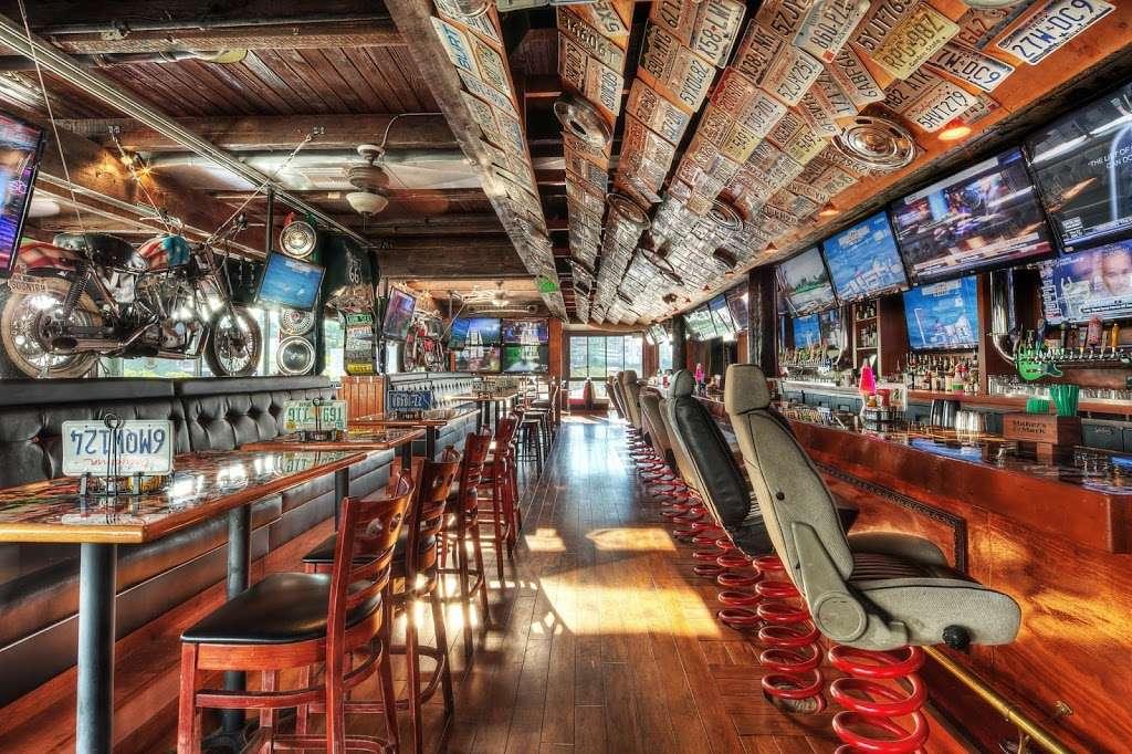 Barneys Beanery - restaurant  | Photo 1 of 10 | Address: 100 Fishermans Wharf H, Redondo Beach, CA 90277, USA | Phone: (424) 275-4820