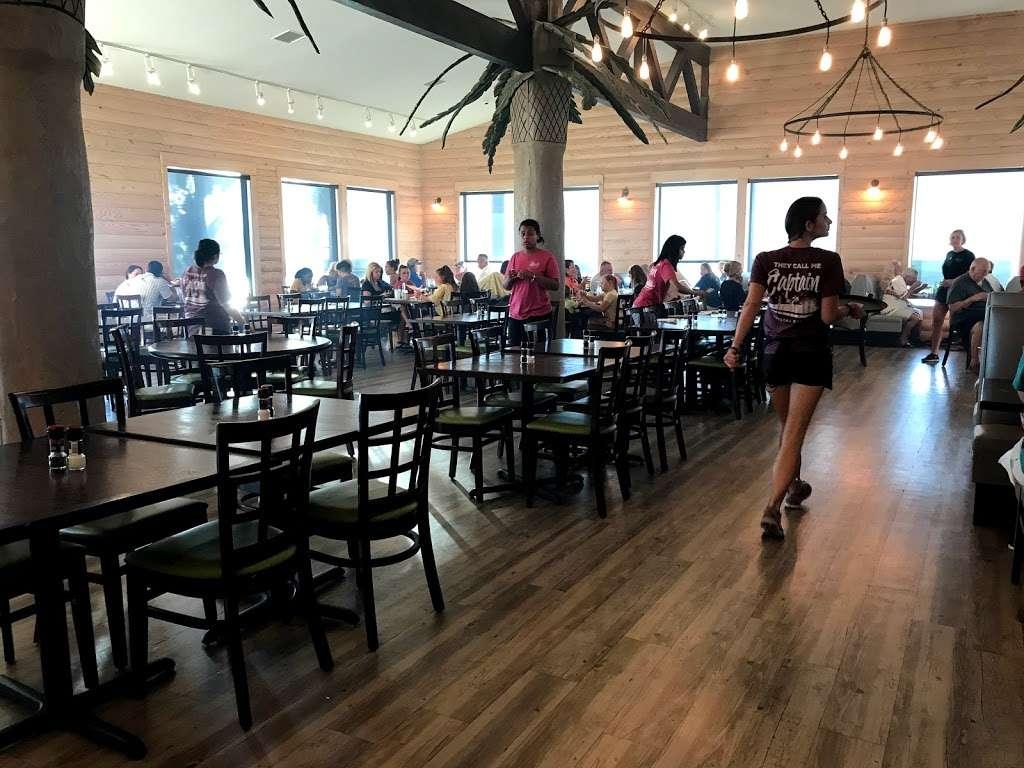 Steves Landing Restaurant - restaurant  | Photo 7 of 10 | Address: 1290 Bay Vue Rd, Crystal Beach, TX 77650, USA | Phone: (409) 684-1999