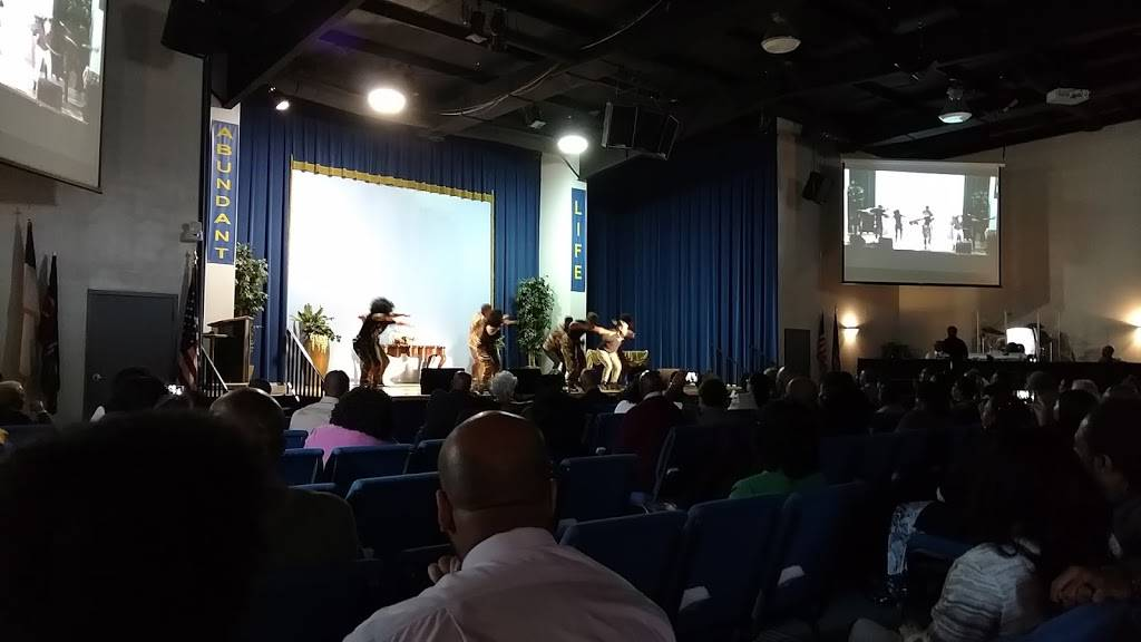 Abundant Life Church of Christ - church  | Photo 3 of 5 | Address: 3300 Neale St, Richmond, VA 23223, USA | Phone: (804) 329-2522