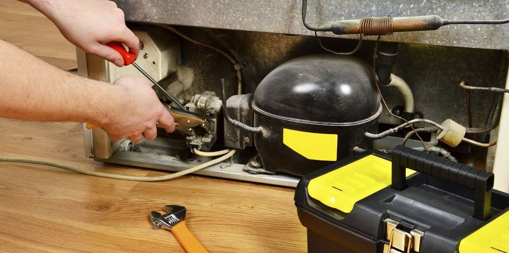 Island Appliance & RV Repairs - home goods store  | Photo 9 of 10 | Address: 1022 Lakewood Dr, Crystal Beach, TX 77650, USA | Phone: (409) 392-6706