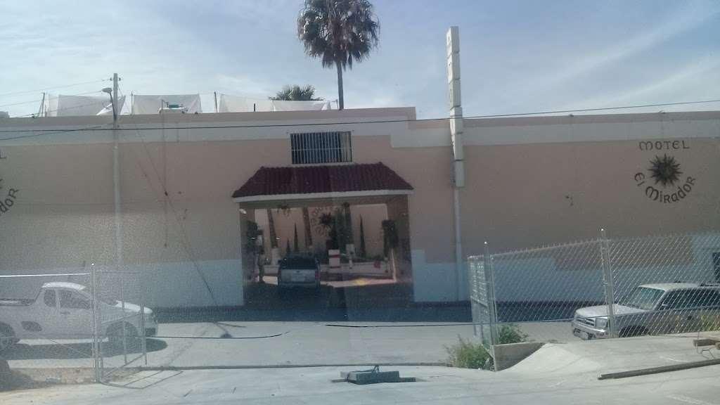 Motel El Mirador - lodging  | Photo 4 of 10 | Address: Gral. Ramón Arnaiz, Soler, 22530 Tijuana, B.C., Mexico | Phone: 664 166 2761