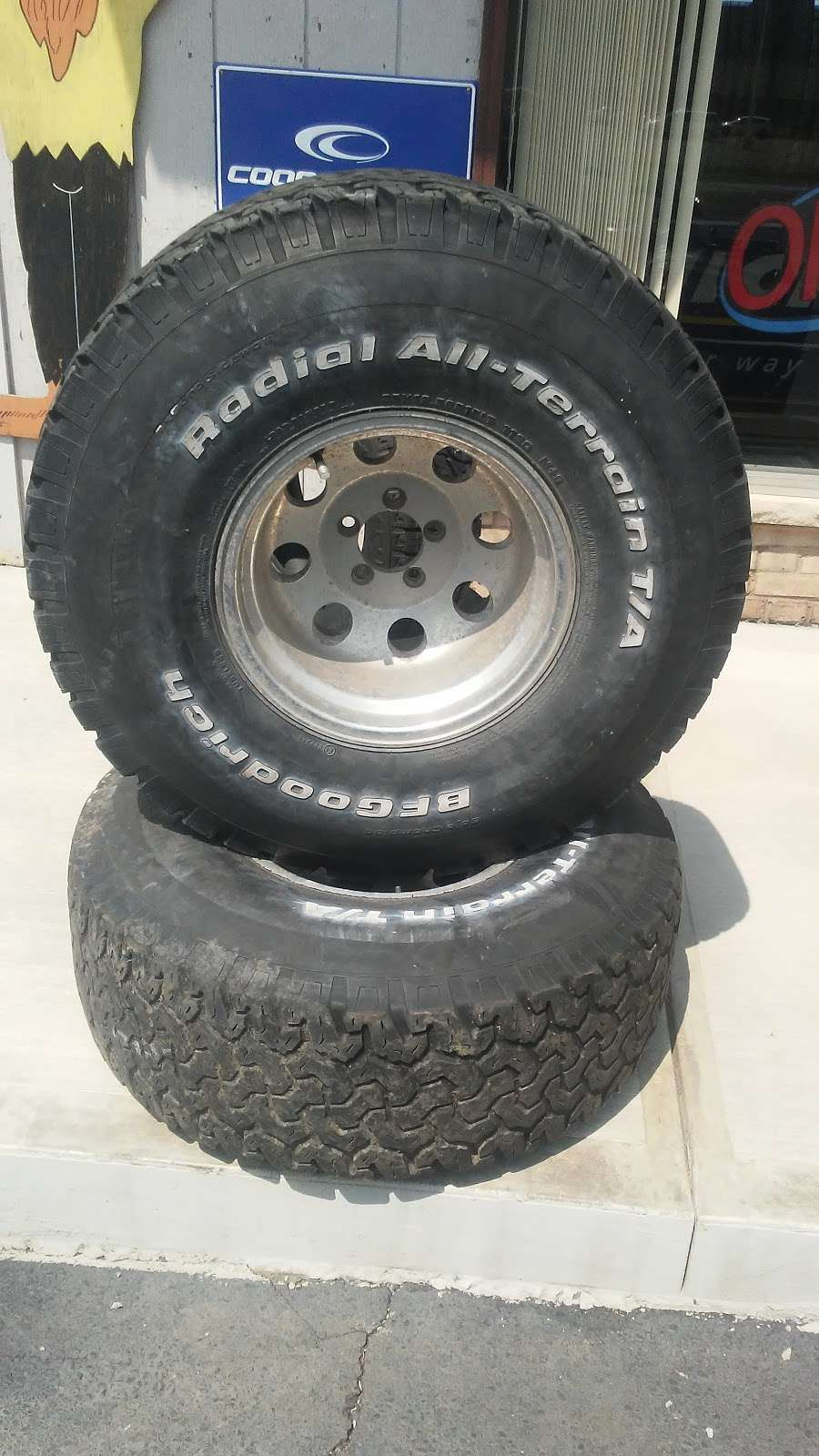 The Tire Guys - car repair  | Photo 9 of 10 | Address: 2261 Sans Souci Pkwy, Hanover, PA 18706, USA | Phone: (570) 223-4212